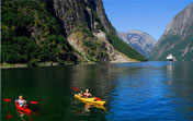 Information and articles about kayaking in Norway