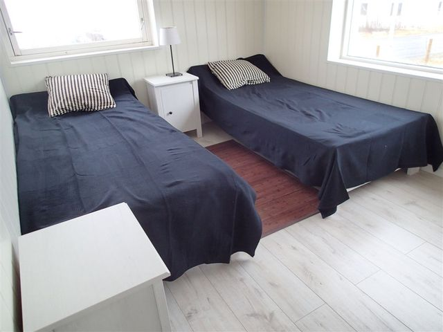 /pictures/Rotsund/bedroom 2 small appt - Copy.JPG