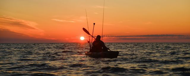 /pictures/roansjo/FS/kayakfishing-roan-sunrise-HiRez-2_1.jpg